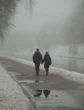 идущие в жизнь / Впереди все в тумане. И дорога не бывает прямой. Поэтому так хорошо, когда чувствуешь руку рядом идущего.