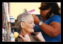 Красота - Страшная сила! / парикмахер на работе Cozumel, 2008