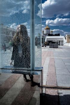 / Город, городской вид, непреднамеренный портрет.