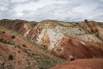 Цветные горы Кызыл-Чина / Горный Алтай