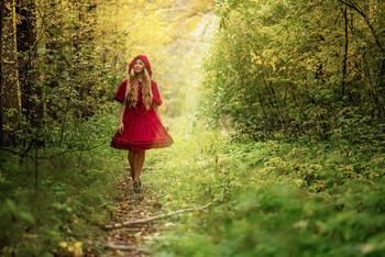 портрет Киры Полевой / модель Кира Полевая  платье предоставлено студией «Косплей»