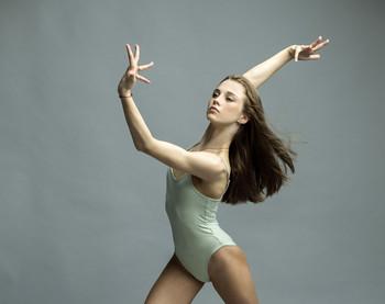 Нина / В кадре Нина Олифиренко Мастер спорта международного класса по художественной гимнастике.