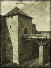 суровый страж / Хотин. Надбрамная башня.