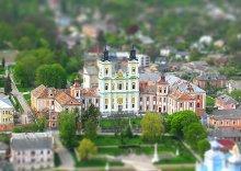 эти маленькие провинциальные городки... / Кременец. Церковь преображения господня. Вид с Замковой горы.