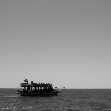 The Ship  (B&W version) / *****