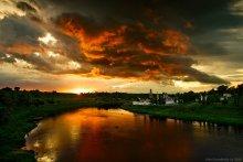 Закат над Волгой / Город Старица Приятного просмотра