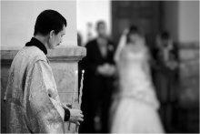 обряд... / Свет от зажженных свечей - это знак радости, символ чистоты и целомудрия любящих сердец.  Отчасти поэтому они даются только тем, кто вступает в брак впервые. Для меня любимый момент когда задуваются свечи :) http://next-lj.livejournal.com/35870.html