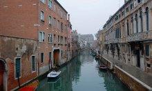 Непарадная I / Непарадная Венеция... Дальние улицы за Академией.