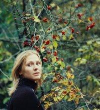 портрет / осень, листья, плоды...