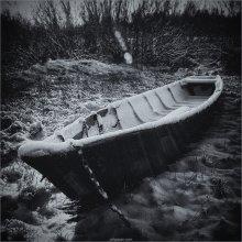 [ * * * * * ] / ...Лодки не смолены, берег греют [© Калинов мост]