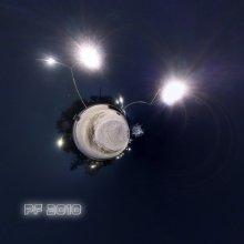 PF Toy / Новогодняя ёлочная игрушка-планетка с фительком. 7 кадров f/8 ISO100 Et.13s.