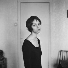 Наталья (портрет с длинной шеей) / .........