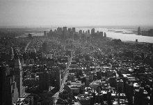 |   Manhattan view   | / Очень ценный для меня, наполненный воспоминаниями кадр. Сделан в 2002, к сожалению, на пленочную мыльницу.