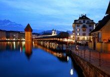 Башня / Башня построена в 1300г.г.,символ Люцерна. Рядом часовенный мост ,того же возраста.