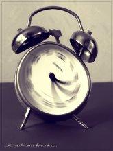 *Мимолётность времени* / -----------------------------------------------