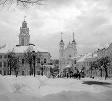 Февральским днём / По улице Суворова в Витебске.