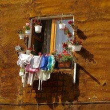 эмоции наизнанку / когда окно и душа открыты ..... зы: не очень понимаю что есть экстерьеры архитектуры.... видимо это фактуры.. если не ошиблась...