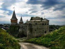 старый замок / XIII-XIVвв. вид на  башни Рожанка и новую западную