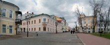 В старом городе / В апреле в Витебске.
