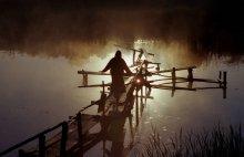 """Тишина... / Вечер на мостках у пруда... Перед утренним крещением... Из цикла о деревне Потеряевка -""""Заповедник веры""""..."""