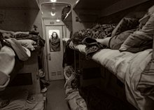 транспортный автопортрет / ночь и поезд, замечательное время поснимать