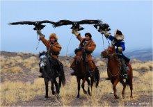 Три богатыря / Казахская национальная забава - охота с ловчими птицами (кусбеги).
