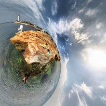 Кабинет Посейдона / Сферическая панорама в проекции маленькая планета. 6 кадров с рук. Для правильного восприятия во флеше. http://fertilizermods.elteh.org/panorama/nature/sea_k.html
