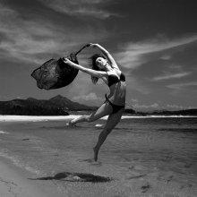Ассоль счастливая / Японское море, танцовщица Алсу
