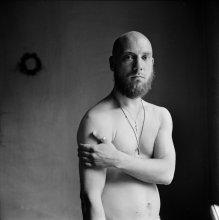 Иван Сиринов (портрет с венком) / .....