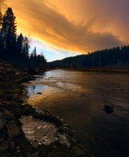 Sunset / Северный Урал, река Б.Сосьва, осень прошлого года, первые заморозки