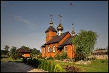 Православный Монастырь в Kostomołach / Церковь