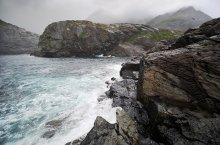 Norge / Южное побережье острова Москенесёй.
