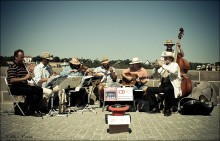 уличные музыканты / _______