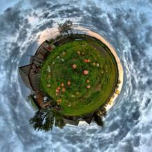 Pumpkins / Сферическая панорама в проекции маленькая планета. Рекомендуется просмотр во флеше http://sferitus.com/panorama/nature/iodchiki_pumpkins.php