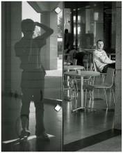 """автопортрет с неизвестным / Тель-Авив. Кафешка в """"Опера-тауэр"""""""