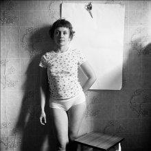 Анна (портрет с ножницами) / Портрет с Историей. Аня, которая влюбилась в настоящего героя. http://ava-veled.livejournal.com/22170.html