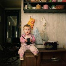 Варя которая не хотела фотографироваться без флэшметра. / Еще одна хуторянка, Варвара Горват.