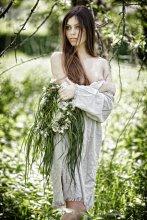 Весенний венок / Аромат цветущих яблоневых садов, теплое нежное весеннее солнце и девичья красота.....