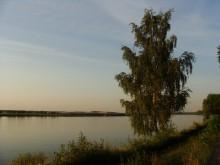 Тихий вечер. / Летний вечер у реки.
