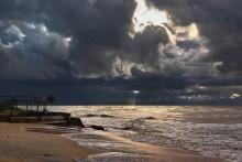 После бури / Под музыку можно посмотреть здесь http://www.lifeisphoto.ru/photo.aspx?id=981021&newphotos=1