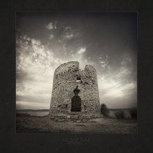     WINDMILL     / Болгария, Несебр, стены ветряной мельницы