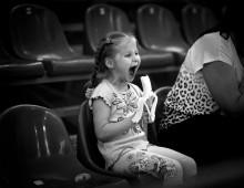 Мартышкин труд...) / Дети настолько бывают непосредственны в своем поведении, что наблюдая за их эмоциями, умиляешься этим маленьким шкодным созданиям) и даже как то грустно, что этот возраст безвозвратно проходит, оставаясь лишь в нашей памяти, да моментами в роликах и фото.