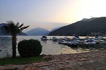 Порто де Сезарио / Небольшой городок на границе Италии и Швейцарии, расположен на берегу озера Лугано.