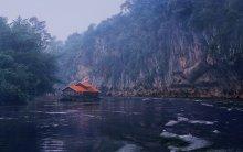 дом на воде / река Квай -Тайланд