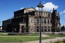 Дрезденская опера / ***