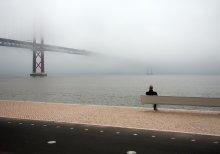 fog in lisbon / ****_****