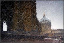 Казанский собор / Ливневый снег