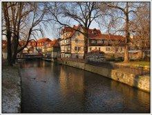 *Erfurt* / http://www.youtube.com/watch?v=J2OCSWF7sAw