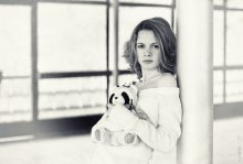 Milk / Еще один просто портрет.  Модель - Юлия Сухарко. Минск, апрель 2011 г.