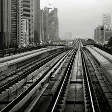 Линии / Вернулся к технопейзажам Дубая.)) Наземное метро.